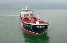 Anh điều tra thông tin một tàu chở dầu bị tấn công ở Biển Arab