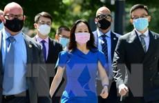 Các luật sư của CFO Huawei Mạnh Vãn Châu kêu gọi đình chỉ tố tụng