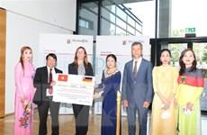 Cộng đồng người Việt tại Đức quyên góp ủng hộ nhân dân vùng lũ Tây Đức