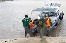 Bình Thuận: Cứu sống một ngư dân bị xuất huyết não trên biển