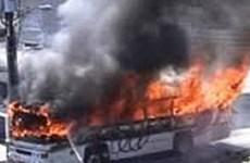 Ấn Độ: Tai nạn xe khách, nổ bom nhiều thương vong