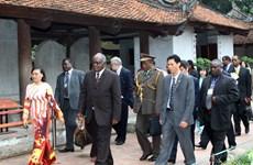 Tổng thống Namibia kết thúc tốt đẹp thăm Việt Nam