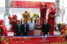 Gần 120 khách quốc tế xông đất Đà Nẵng ngày mùng 1 Tết