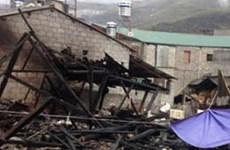 Hỏa hoạn thiêu rụi nhà gỗ ở Đồng Văn, 2 người tử vong