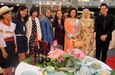 Việt Nam dự triển lãm sắp đặt bàn ăn nghệ thuật ở Malaysia