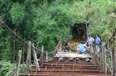 Cầu treo - Hiểm họa khôn lường mùa mưa lũ tại Lào Cai