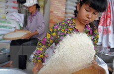 Philippines mở thầu 500.000 tấn gạo nhập khẩu cuối tháng Tám