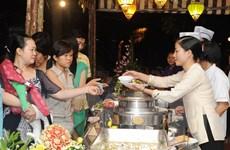 Thực phẩm ăn chay đắt hàng nhân mùa Lễ Vu Lan năm 2014