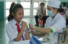Triển khai chiến dịch tiêm vắcxin sởi-rubela ở Phú Thọ, Huế