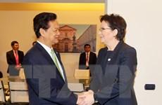 Thủ tướng Nguyễn Tấn Dũng gặp các nhà Lãnh đạo bên lề ASEM 10