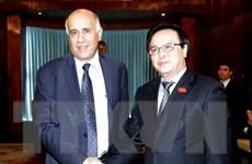 Trưởng ban Đối ngoại Trung ương tiếp Đoàn đại biểu Fatah