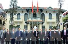 Lãnh đạo Mặt trận Tổ quốc tiếp cựu chiến binh Lào và Campuchia