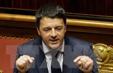 Thủ tướng Italy vượt qua bỏ phiếu tín nhiệm về ngân sách 2015