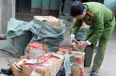 Hà Tĩnh: Bắt các đối tượng vận chuyển 100kg pháo trái phép