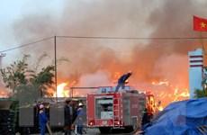 Hải Dương: Cháy kho và xưởng sản xuất ở thị trấn Nam Sách
