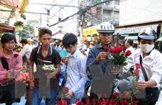 TP.HCM: Thị trường quà tặng ngày Lễ tình nhân trầm lắng