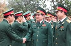 Thượng tướng Ngô Xuân Lịch chúc Tết một số đơn vị quân đội