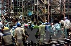 Sập giàn giáo ở Vũng Áng: 14 người chết, 2 người còn mắc kẹt