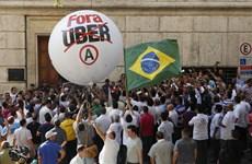Hàng trăm tài xe taxi biểu tình phản đối dịch vụ Uber ở Brazil