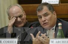 Tổng thống Ecuador Correa thị sát các khu vực bị ảnh hưởng