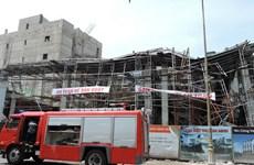 Sập giàn giáo tại Bà Rịa-Vũng Tàu: Vẫn còn 2 người mắc kẹt