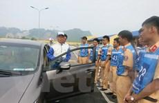 Chuyên gia Nhật tập huấn lái xe ôtô an toàn cho cảnh sát