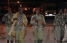 Ba phụ nữ xông vào đồn cảnh sát Kenya nhằm đánh bom tự sát