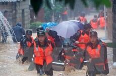"""Trung Quốc ban bố báo động """"da cam"""" đối với bão Malakas"""