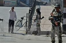 Binh sỹ Ấn Độ và Pakistan đấu súng hạng nặng ở Kashmir