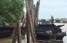 Cà Mau: Đưa 14 thuyền viên trên tàu bị cháy vào bờ an toàn