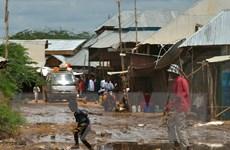 Kenya tạm dừng đóng cửa trại tị nạn lớn nhất thế giới Dadaab