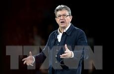 Bầu Tổng thống Pháp: Khẩu chiến giữa ứng cử viên Fillon và Macron