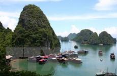 Quảng Ninh kiểm soát tình trạng trốn vé tham quan ở vịnh Hạ Long