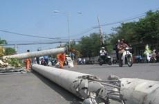 Ninh Thuận: Trụ điện trung thế đổ làm 1 người chết, 1 người bị thương