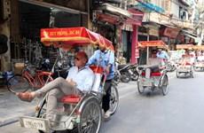 Khách du lịch quốc tế đến Hà Nội dịp lễ 30/4 và 1/5 tăng đột biến
