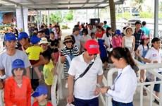 Quảng Ninh đón gần nửa triệu khách trong tuần khởi đầu du lịch Hè