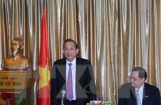 Phó Thủ tướng đánh giá cao vai trò cộng đồng Việt tại Singapore