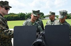 Mỹ cung cấp rocket, đạn dược cho Philippines chống phiến quân
