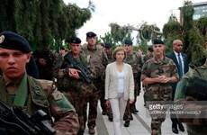 Pháp cam kết hỗ trợ lực lượng chống khủng bố tại G5 Sahel