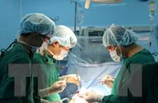Cứu sống sản phụ bị thai nhi nằm ngang do các khối u khắp tử cung