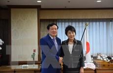 Chánh án Tòa án Việt Nam chào xã giao Bộ trưởng Tư pháp Nhật Bản