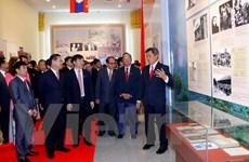 Trưng bày 400 bức ảnh, tài liệu quý về quan hệ truyền thống Việt-Lào
