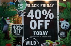 """Anh: Doanh số mua sắm ngày """"Thứ Sáu đen tối"""" có thể đạt hơn 10 tỷ bảng"""