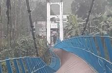 Cầu treo bị đứt dây cáp, một học sinh rơi xuống sông mất tích