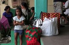Philippines: Trại sơ tán do núi lửa đối mặt với vấn đề mất vệ sinh