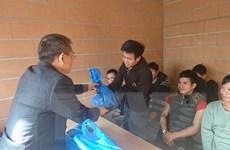 Đại sứ quán Việt Nam tại Pháp thực hiện bảo hộ công dân