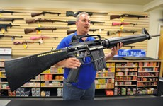 Bang Florida thúc đẩy dự luật về an toàn súng đạn trong trường học