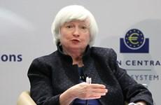 Đường cong lãi suất đi ngang và tranh luận về suy thoái kinh tế ở Mỹ