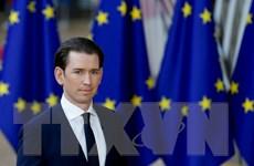 Áo lên kế hoạch lập các trung tâm tiếp nhận người di cư bên ngoài EU