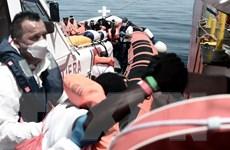 Tàu cứ hộ Aquarius chở 630 người di cư cập cảng Tây Ban Nha